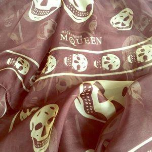 💛 Alexander McQueen Skull Scarf